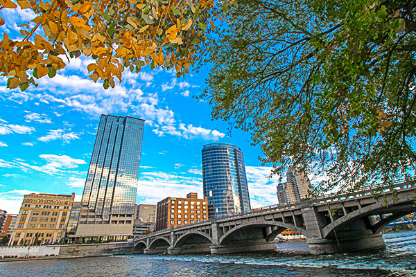 Grand Rapids, Lake Michigan's Gold Coast
